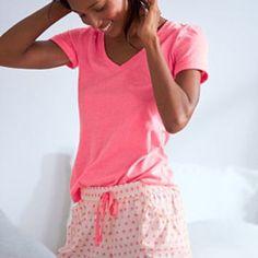 Victoria's Secret PINK sleepwear tee! Great sleepwear. Very comfortable.❤️💚💜💙💛 Victoria's Secret Intimates & Sleepwear