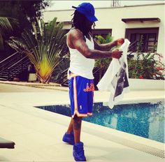 Life in Lagos! Wale laments power instability hints on cutting his dreads