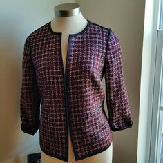 ..ANNE KLEIN....BEAUTIFUL BLAZER. GREAT CONDITION. ... ......NORMAL WEAR .......NO FLAWS  .......BEAUTIFUL  .......COLORS THROUGHOUT.  ......2 pic...PATTERN QUILTED. ......TAG SAYS  SIZE 6 FITS..LIKE SIZE 8.. .......LOOSE FEEL. ......true to its colors.. ......opens on front  ......no  buttons  .......2 front pockets with logo zippers  .......72 %polyester 28% acrylic. ... .......lining 100% polyester  ...... viscose material as well.... .......dry clean only... ........better in person Anne…