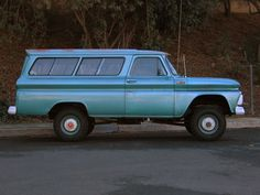 This 1965 Chevrolet Suburban (chassis K1465Z135398) is saidto be a bone-stock, mechanically sorted and strong-running survivorcapableof highway cruising at 70 MPH. The truck sounds to have spent a lot of time in the desert climate, and is reported to be dry inside and out. Four wheel-drive, a cla