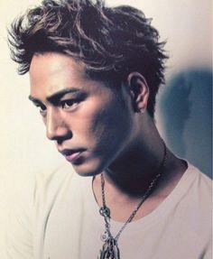 .Tosaka Hiroomi