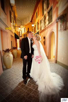Moving An Outdoor Ceremony Indoors Making The Best Of Your Backup Plan Florida Wedding Venueshotel Weddingflorida Theme Parksuniversal Orlandouniversal