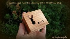 THIS IS A CUSTOM MADE WIND UP MUSIC BOX! IT HAS THE WIND UP KEY ON THE BOTTOM, YOU NEED TO WIND IT UP FIRST, THEN LET IT GO AND IT PLAYS THE SONG OVER AND OVER FOR ABOUT 1-2 MINUTES! If you are interested in HAND CRANK MUSIC BOXES please visit my shop sections here for prices and design: https://www.etsy.com/shop/Simplycoolgifts?section_id=14288340   HOW TO ORDER: - choose the amount you wish to purchase - choose between the sealed shut or the open lid version - choose a color (see pic 3)…