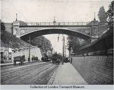 Archway Bridge carries Hornsey Lane over Archway Road (the and was designed to replace a bridge of brick and stone construction designed in 1813 by John Nash. London Pride, Old London, North London, London History, Local History, Archway London, Finsbury Park, Old Photos, Vintage Photos