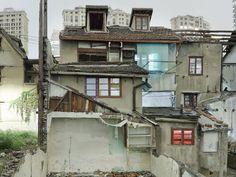 Peter Bialobrzeski. Nail Houses.