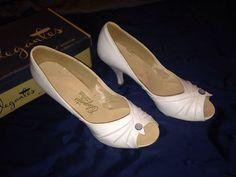Vintage 1950's Peep Toe Pin Up Girl WHITE high heel shoes w box Size 7.5 EUC #Elegantes #VintageRockabillyVLVPinupBombshellMADMEN $125