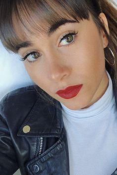 """Aitana nos desvela el secreto de la perfección de su """"eyeliner"""" Selfies, Summer Journal, Corte Y Color, Kendall Jenner Outfits, Clothing Hacks, Celebs, Celebrities, Famous Women, Her Style"""