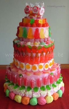 Candy cake, made by myself. Candy Cakes, Cupcake Cakes, Bar A Bonbon, Birthday Candy, Candy Bouquet, Candy Party, Occasion Cakes, Candy Shop, Sweet Cakes