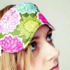 A picture tutorial how to make yourself a simple but beautiful sleep mask!