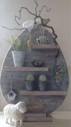 Decoratie paasei, steigerhout ipv paastakken