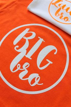 Ginger Snap Crafts: DIY Big Brother/Little Brother T-shirts {tutorial}