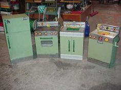 Wolverine Stove, Sink, Washing Machine & Refrigerator.  I had the stove fridge & sink in my playhouse...never even knew the washing machine existed