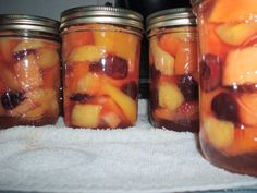 Canning Mixed Fruit - This method can be used for canning different types of fruit including papaya, mango, peaches, apricots, watermelon and cherries etc