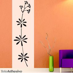 Vinilo floral simple Ref. Embroidery Flowers Pattern, Flower Patterns, Mural Floral, Wall Design, House Design, Pintura Exterior, Adobe House, Floral Border, Border Design