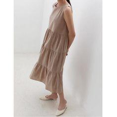 「秋まで着られる服」が狙い目♡LOCARI STOREザ・バーゲン2019の目玉アイテム - LOCARI(ロカリ) One Shoulder, Shoulder Dress, Dresses, Fashion, Vestidos, Moda, Fashion Styles, Dress, Fashion Illustrations