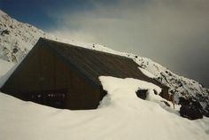 #greatwalker Chancellor hut up Fox Glacier in mid winter.  A cold night for me.