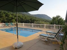 Villa Valley View Uzumlu Fethiye Located 15 km from Calis Beach, Villa Valley View Uzumlu offers pet-friendly accommodation in Fethiye. The holiday home is 18 km from Fethiye Marina. Free private parking is available on site.