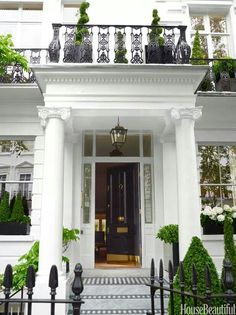 This stately 1860 London townhouse is a commanding presence in fashionable South Kensington. Now THIS is an entrance! House Design, Home, House Exterior, Exterior Design, London House, Beautiful Homes, Gorgeous Houses, House Designs Exterior, London Townhouse