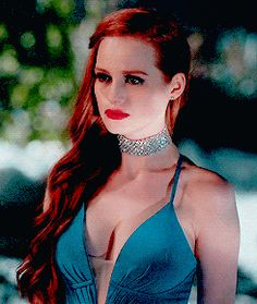 ✪◍ cheryl blossom in season one ≡ chapter nine: la grande illusion✪◍ TV show Riverdale ✪ ◍ Cheryl Blossom Riverdale, Riverdale Cheryl, Riverdale Quiz, Madelaine Petsch, Gossip Girl, Le Rosey, Riverdale Fashion, Ginger Girls, Famous Girls