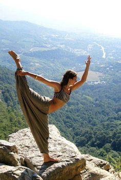 Liberdade de voar num horizonte qualquer, liberdade de pousar onde o coração quiser.