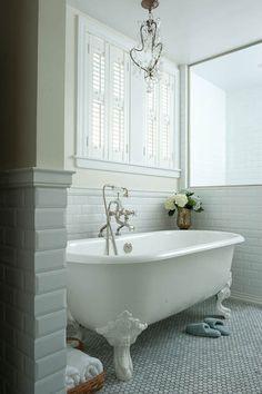 Decorating Bathroom with Clawfoot Tub | bathroom paint, yellow bathroom walls, clawfoot tub, vintage clawfoot ...