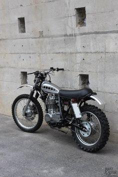 Tracker Motorcycle, Scrambler Motorcycle, Moto Bike, Motorcycle Style, Motorcycle Design, Bike Design, Trail Motorcycle, Tw Yamaha, Yamaha Xt 500