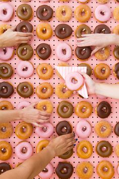 Doughnut Walls Are The Latest Wedding Trend, And This Is Delicious News For Us All