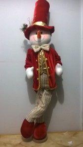 ideas-para-decoracion-con-monos-de-nieve-de-fieltro (39) Christmas Sewing, Christmas Snowman, Handmade Christmas, Snowman Crafts, Holiday Crafts, All Things Christmas, Christmas Time, Xmas Desserts, Xmas Stockings