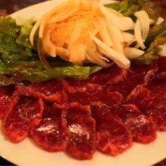 東京、代々木。 . . 珍しいチュニジア料理などがある 代々木のひつじ料理のお店。 全く臭みがない、ラムのたたき。 本当に食べて驚いた! また、行きたい! . . #ひつじ #料理 #ラム #肉刺し #刺身 #肉 #お肉 #肉料理 #専門店 #代々木 #人気店 #foodie #followme #foodpics #foodphoto #foodstagram #instafood #食べ歩き #外食 #グルメ #グルメライター #ライター #うまい #よるごはん #晩御飯 #dinner #Tunisia #美味しい #instagood #gourmet