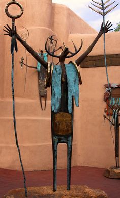 Santa Fe Art | Flickr - Photo by Glenn Mills outside a gallery in Santa Fe