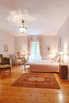 Romantic room at Château de la Prade Charming bed and breakfast on the banks of the Canal du Midi close to Carcassonne