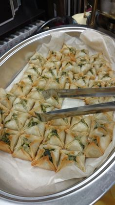 Try our spinach stuffed phyllo pastries for a crunchy and crispy treat! #happywednesday #appetizers #foodie #catering