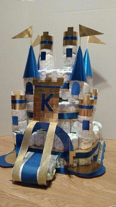 made by Nancy Plumley Castle Diaper Cake.made by Nancy Baby Shower Diapers, Baby Shower Cakes, Baby Shower Themes, Baby Boy Shower, Baby Shower Gifts, Diaper Cake Boy, Nappy Cakes, Diaper Castle, Royal Baby Showers