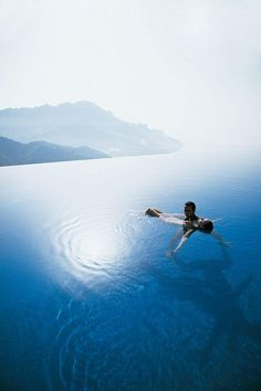Infinity pool with a spectacular view. Hotel Caruso, #Ravello, #Italy