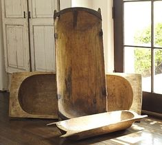 Uma gamela para enfeitar a mesa, outra para fazer pão de queijo e a maior para temperar a carne