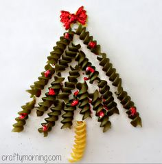 Noodle Christmas Tree Craft For Kids  - great for a handmade card the kids can give to their teachers, friends or family.
