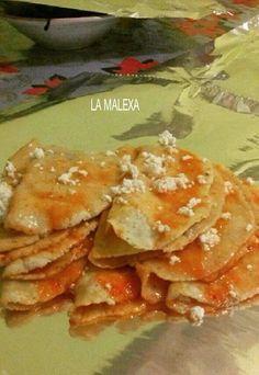 Enchiladas de Huasteca Potosina La Malexa Ce  Ingredientes: 3 tomates bola maduros 4 chiles jalapeño rojos Pizca de comino 1 diente de ajo Cebolla juliana al gusto Sal al gusto Tortillas …