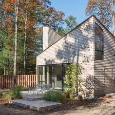 Tiny cabin in Rhode Island by 3six0 provides retreat for local artist