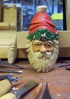 35228  .    Steps for making a Mistletoe Santa
