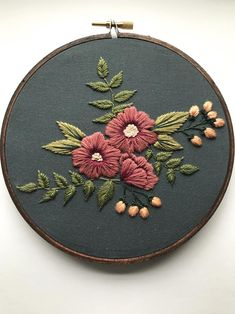 Ribbon Embroidery For Beginners Hand Embroidery Kit for Beginners Floral Embroidery Patterns, Simple Embroidery, Learn Embroidery, Hand Embroidery Stitches, Silk Ribbon Embroidery, Embroidery For Beginners, Crewel Embroidery, Hand Embroidery Designs, Embroidery Techniques