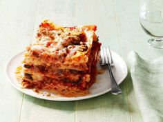 Sausage Lasagna Recipe : Anne Burrell : Food Network - FoodNetwork.com