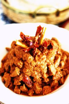beef rendang - indonesian this dish requires no oil for cooking!