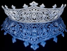 THE LADY MOUNTBATTEN'S TIARA