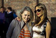 Anna Martin, Round Sunglasses, Sunglasses Women, Marie, Celebrity Style, Couple Photos, Celebrities, Photography, Fashion