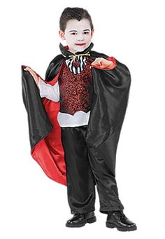 Easy homemade vampire costume for a little boy themoonlitnest sheknows recommends our vampire costume as a top pick for little boys solutioingenieria Image collections