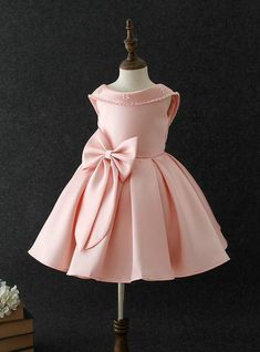 Baby Girls Big bow princess dress Pearl Sequins Birthday party - Everything For Babies Baby Girl Party Dresses, Birthday Girl Dress, Birthday Dresses, Little Girl Dresses, Flower Girl Dresses, 4 Year Girl Dress, Party Gowns For Kids, Princess Dresses, Dress Girl