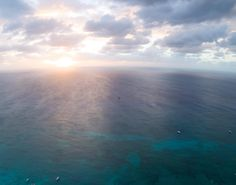 I took my quadcopter to a new high to see the curve of the earth over Grand Cayman island during another amazing sunset. Next heading to Aruba then San Juan then St. Thomas before stopping in Cairo to visit the Great Pyramids and then back to New Zealand.