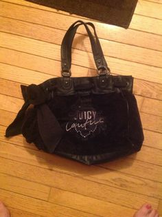 Juicy Couture Daydreamer Velour Bow - USED ATLEAST 8 TIMES** just so that is known - no damage, minor wear - $60 + shipping - retail $198