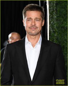 Brad Pitt   at Allied red carpet fan event