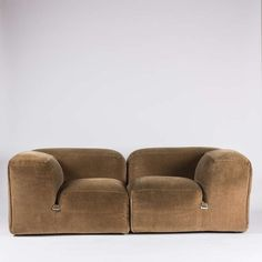 Mario Bellini; 'Le Mura' Sectional Sofa for Cassina, 1972.